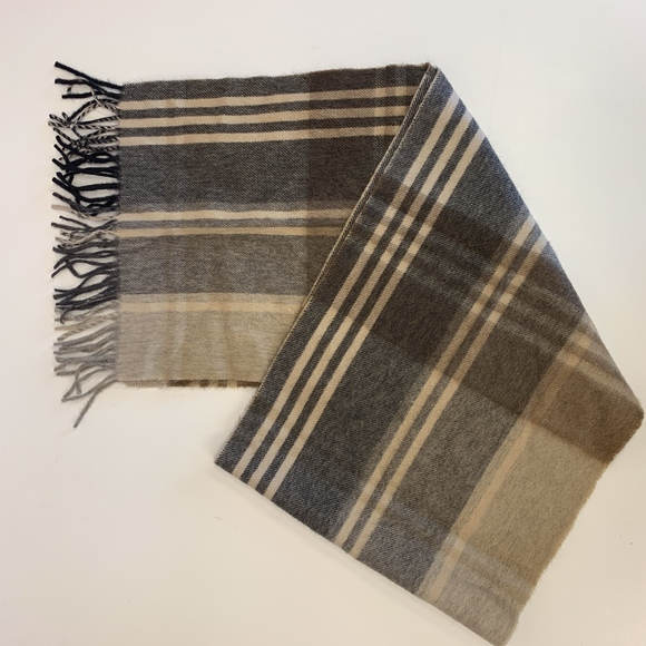 Jos. A. Bank Accessories - Jos A Bank 100% Cashmere Scarf Brown Tans